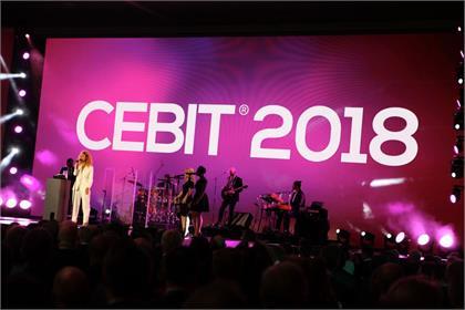 Yeni tarihinde, festival havasında bir CEBIT!
