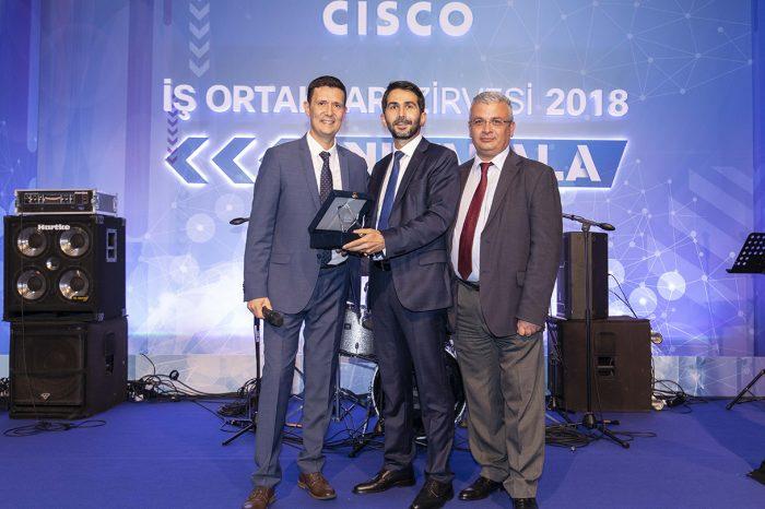 Cisco, Yılın Eğitim İş Ortağı Ödülünü BT Eğitim'e verdi