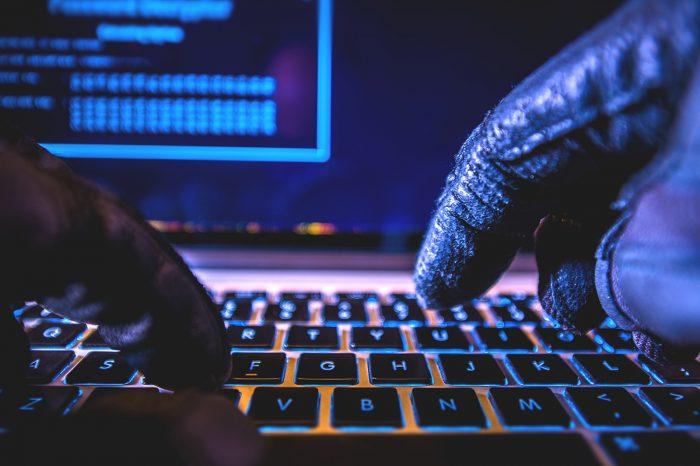 Bilgisayar korsanları, kötü amaçlı yazılımla ATM'lere saldırdı