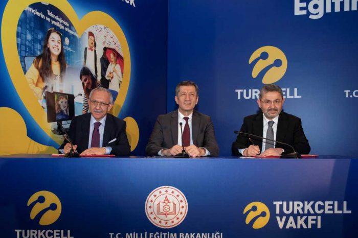 Turkcell 2020'ye kadar 50 bin engelli öğrenciye destek verecek