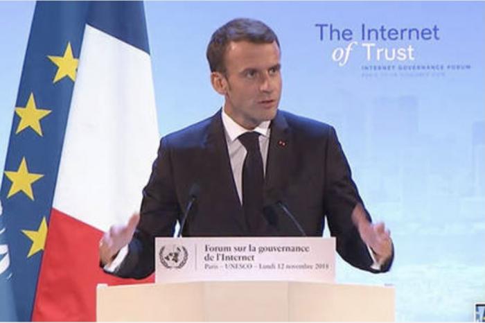 İnternet Macron (002)