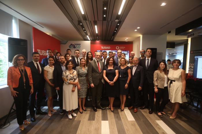 Vodafone, TÜSİAD SD2 Programı'na destek verecek
