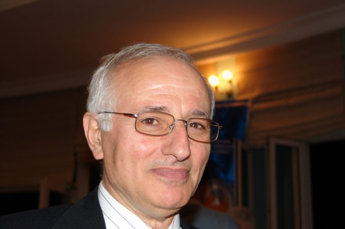 Prof.Dr.Esref Adali
