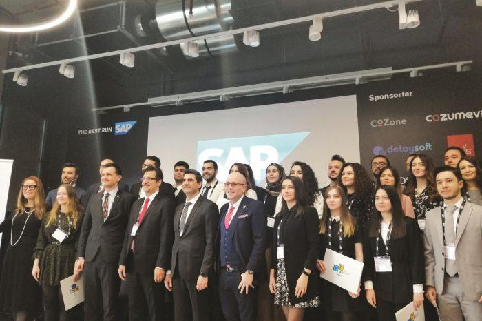 'SAP Genç Profesyoneller Programı'nda ilk kez 'Büyük Veri' eğitimi verildi