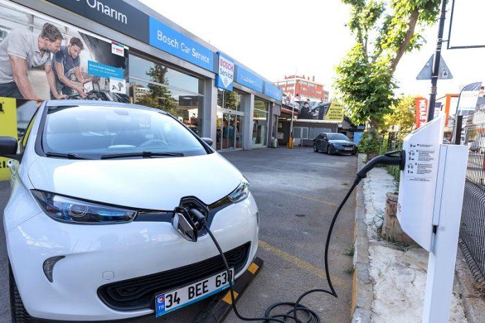 Bosch Car Service'ler, Zorlu Enerji iş birliğiyle elektrikli araçlara da hizmet vermeye başlıyor
