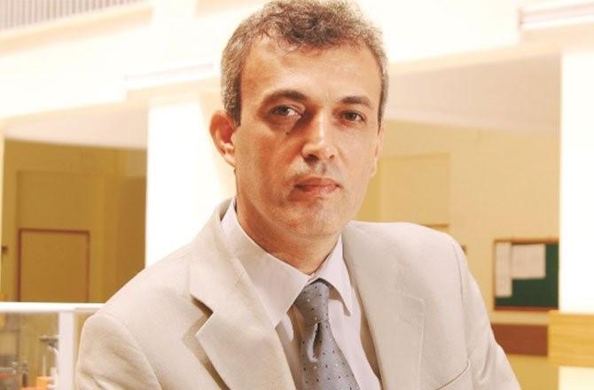 Prof. Dr. Derviş Karaboğa'ya 'Üstün Hizmet Ödülü' verildi