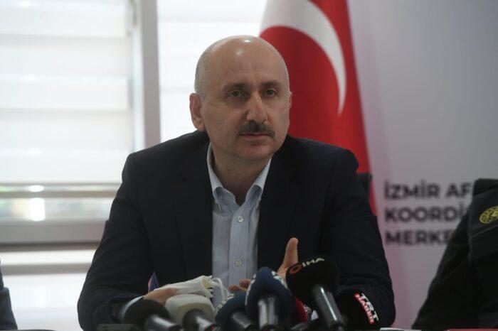 İzmir'de Ulaşım ve Haberleşme Kesintisiz Sağlanıyor