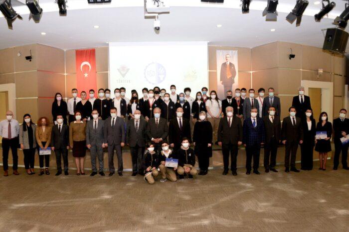 TÜBİTAK Yarışmasında Dereceye Giren ASO Teknik Koleji Öğrencileri Ödüllendirildi