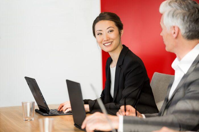 Windows Server 2022 Sertifikasına Sahip Fujitsu PRIMERGY Sunucuları Sayesinde BT liderleri Aktarımlarını Güvenle Yapabiliyor